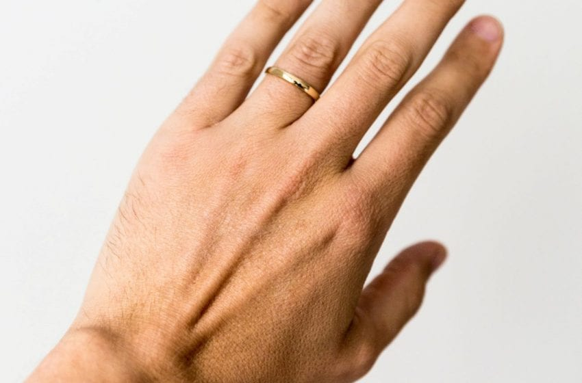 Study: Length of Ring Finger a Factor in Lower Covid-19 Risk