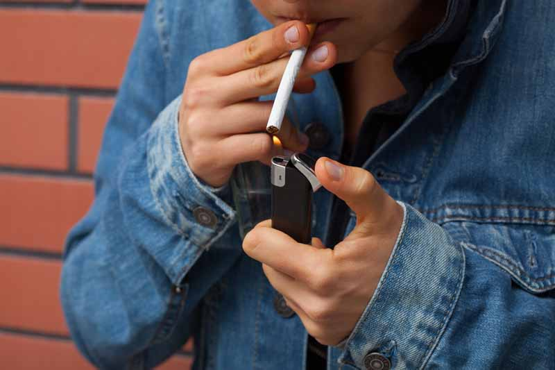 'Male smokers suffer higher Covid mortality'