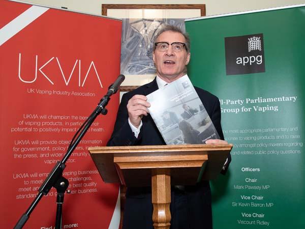Vapor Advocates Attend U.K. Parliament Group Meeting