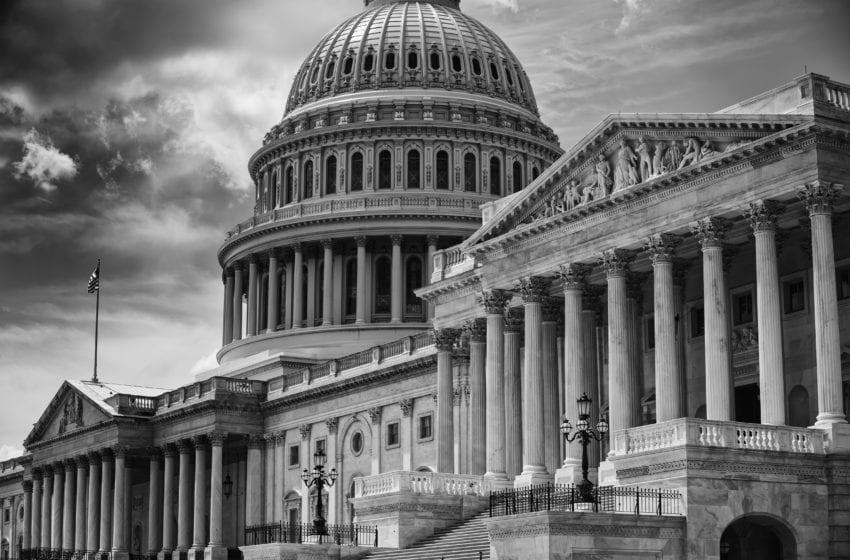 Lawmaker Brings Back Bill for Vapor Usage Reporting