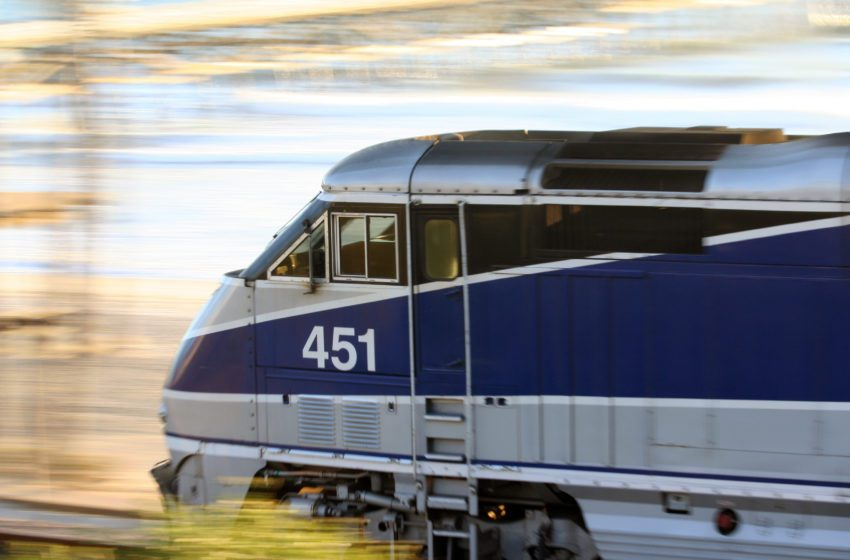 Infrastructure Act Includes Vaping Ban on Amtrak Trains